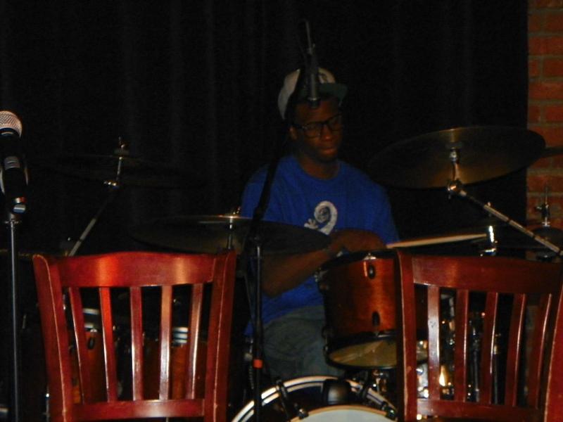 042-blue-is-free-drummer.jpg