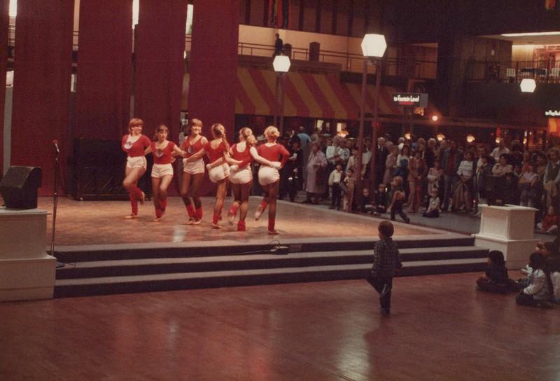 Dance_1442.jpg