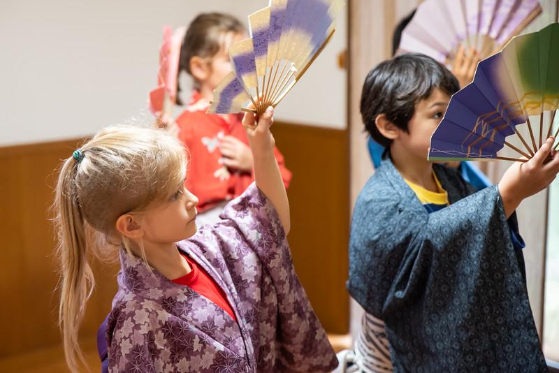 Grade 2 ICJC-Traditional Japanese Dance-ELP_2180-2018-19.jpg