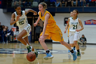 Castro Valley defeats Heritage in girls basketball