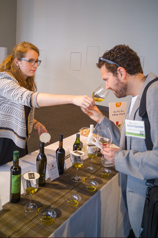 Tasting Spanish Olive Oils at Spain's Great Match SF
