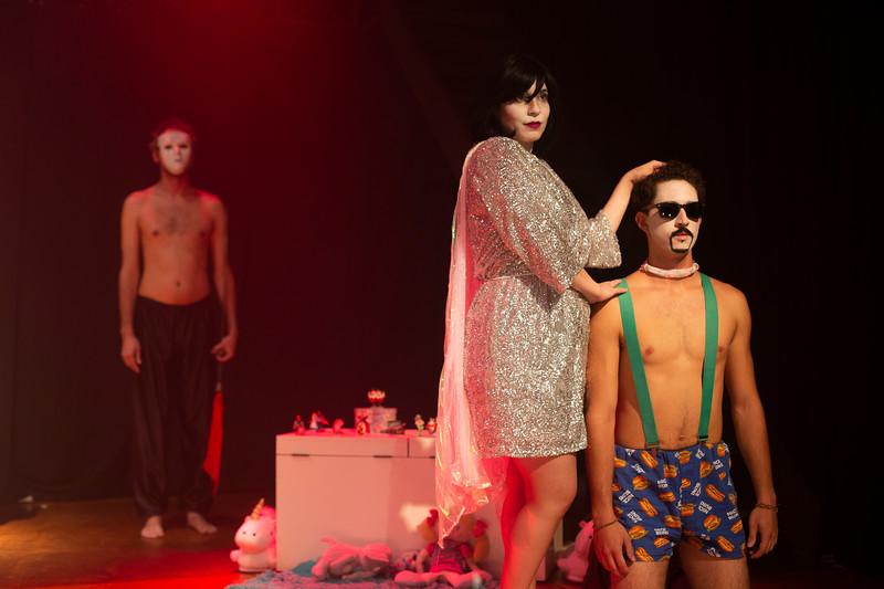 Allan Bravos - essenCIA Teatro - Persona 07-231.jpg