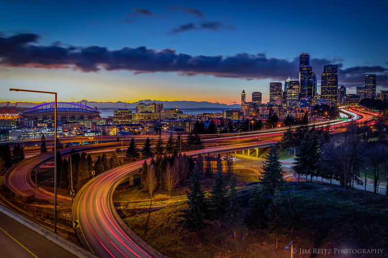 Classic Seattle long-exposure view from 12th Ave bridge.