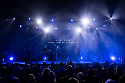 Blue Oaks 2018 Christmas Candlelight Services