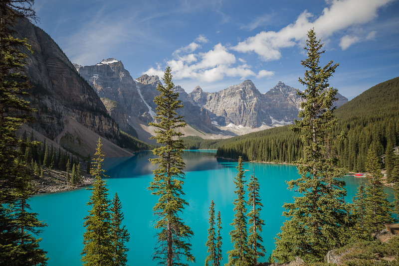 Moraine Lake iconic view