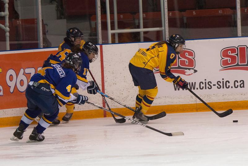 20130310 QWHockeyvsUBC 589.jpg
