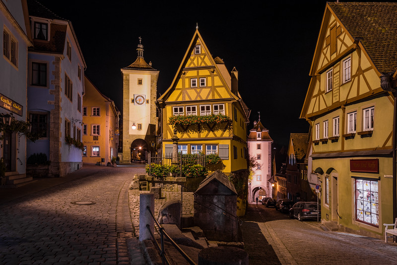 rothenburg-ob-der-tauber-germany-night-clock-tower-street-bricker.jpg