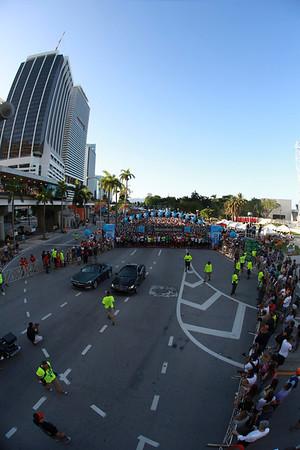 Miami - Mercedes-Benz Corporate Run 2013