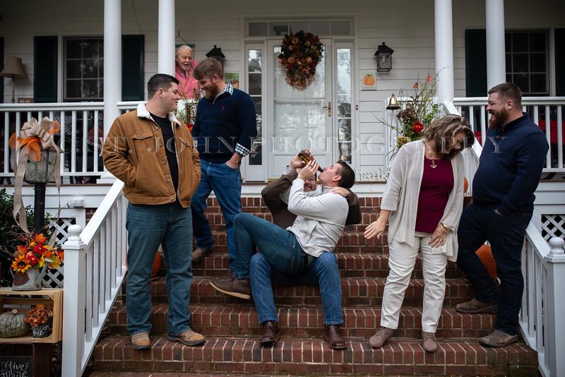 2019 November Ellis Family-146-199.jpg