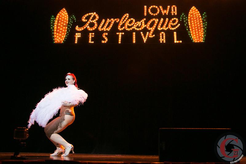 burlesque day2 edits (200 of 123).jpg
