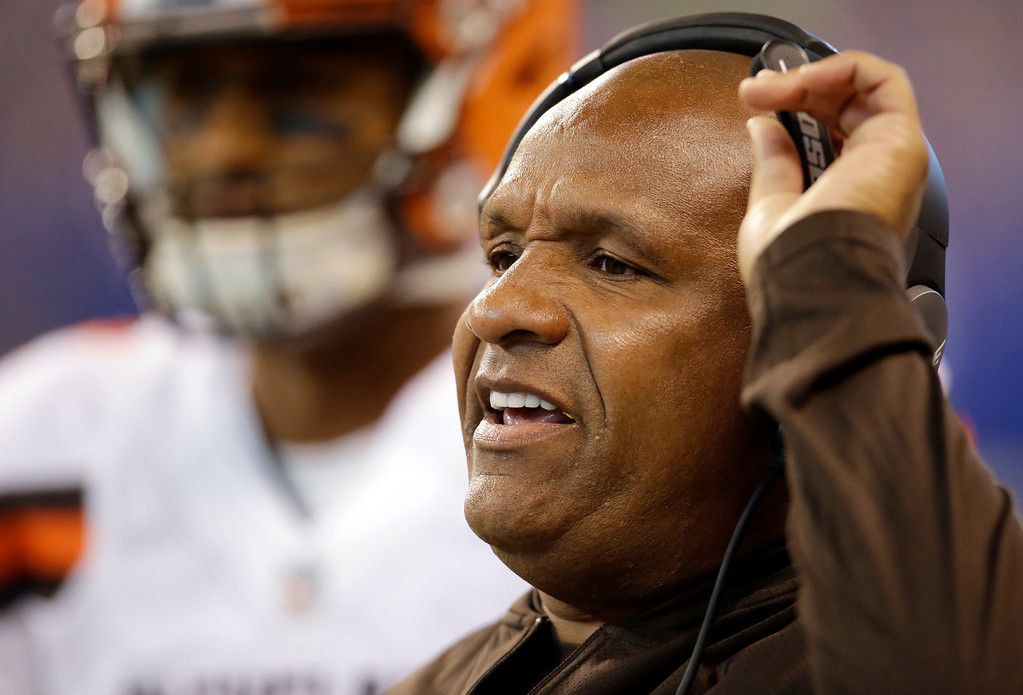 . Cleveland Browns head coach Hue Jackson yells from the sideline during the first half of an NFL football game against the Indianapolis Colts in Indianapolis, Sunday, Sept. 24, 2017. (AP Photo/AJ Mast)