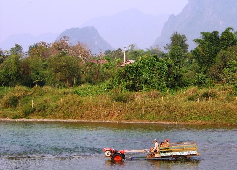 Vang Vieng, Laos (14).jpg