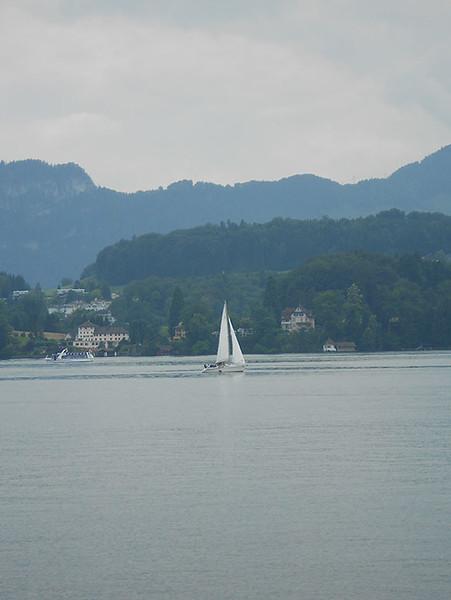 Cruise-on-Lake-Lucerne3.jpg