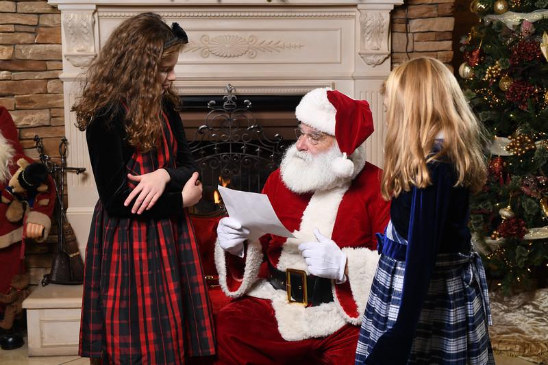 Santa2018.TylerBoye.-107.jpg