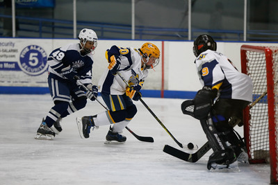 Sun-North-115-PeeweeA-Championship-Oilers2-JrFlyers