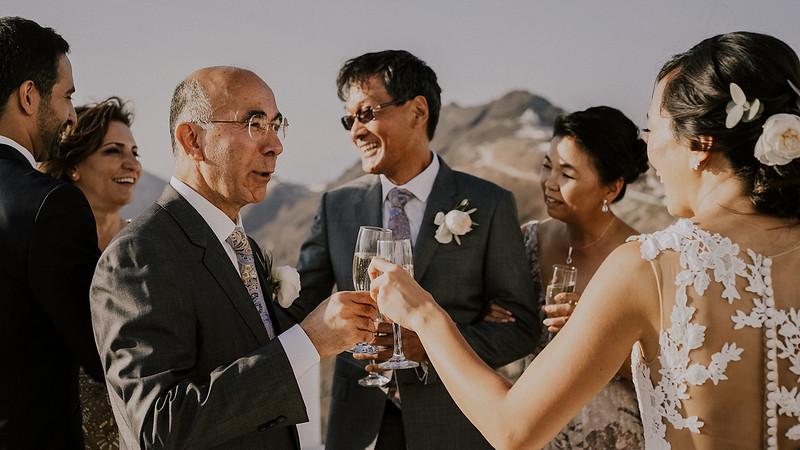 Tu-Nguyen-Destination-Wedding-Photographer-Santorini-Rocabella-Hotel-Euna-Ehsan-558.jpg