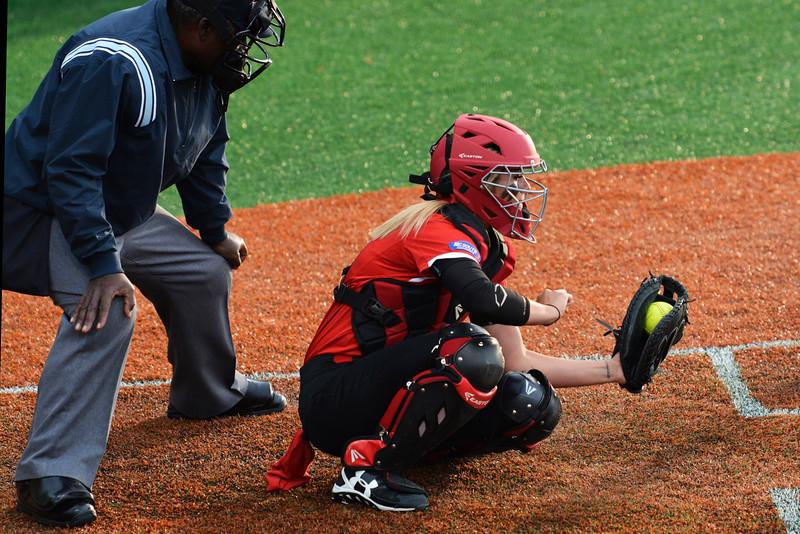 Rachel Comiskey catching