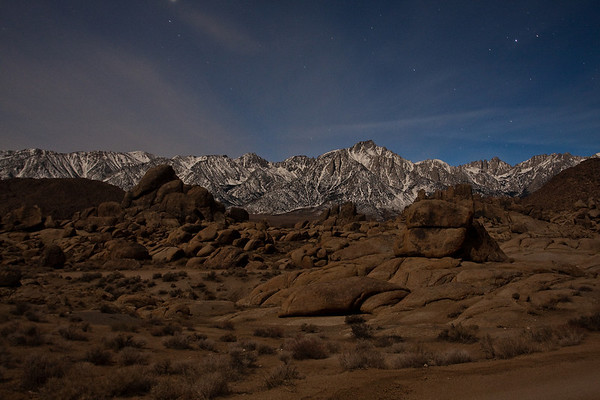 Alabama Hills and Mt. Whitney - nighttime time lapse