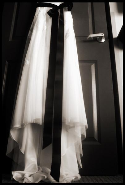 7935_wed_dress_1_300dpi.jpg