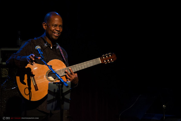 Earl Klugh at Jazz Alley 2013