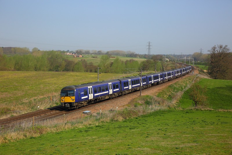 360120+360105 on the 1Y35 0953 Ipswich to London Liverpool Street at Brantham on the 20th April 2018.JPG