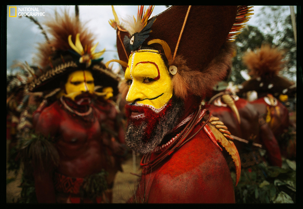 . 650275 JODI COBB / National Geographic  Huli Men, Papua New Guinea, c. 1998v Christie�s Auction: TIMELESS: NATIONAL GEOGRAPHIC AS CELEBRATED BY TASCHEN BOOKS www.christies.com/natgeo