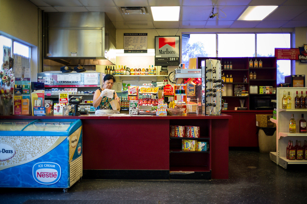 . Lee Ratti at the Lovelock Foodmart and Shell station in Lovelock, Nevada.  Ratti once cooked for OJ Simpsons\'s family when they came through town to visit him a the prison.   The small town has been put on the map since Simpson was locked up at the Nevada Prison near town.    (Photo by David Crane/Los Angeles Daily News.)