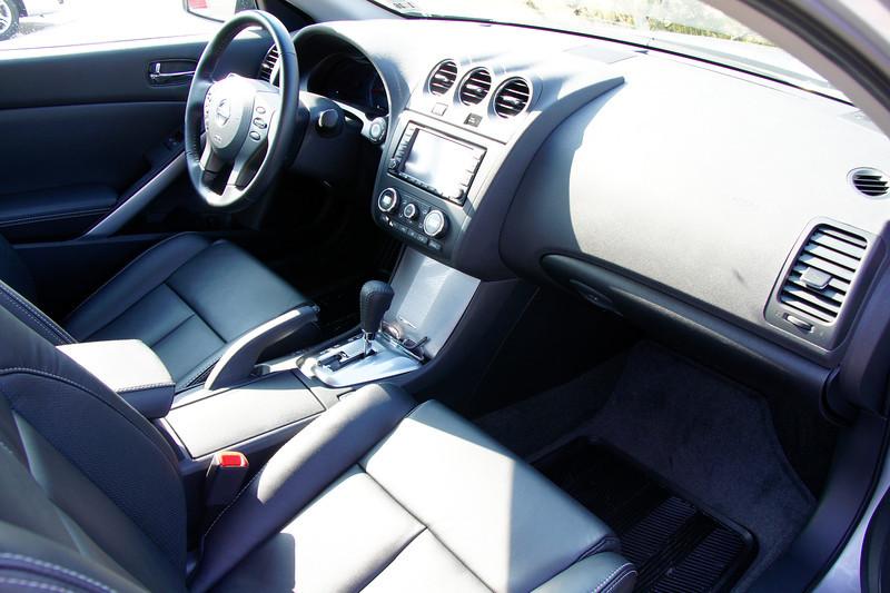 Nissan Altima Coupe 10.JPG