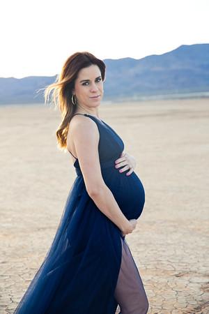 Lana maternity
