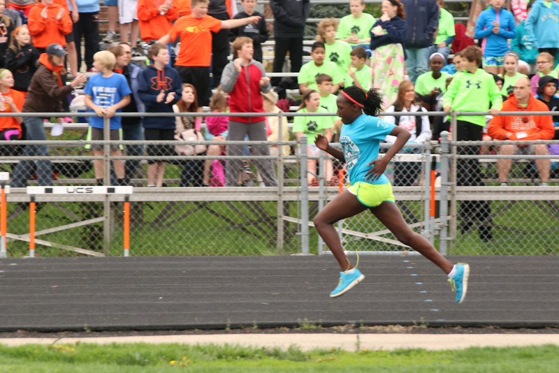 6th grade track meet CR pictures