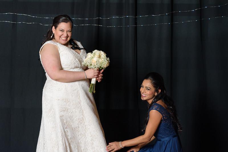 Bride&Bridesmaids_110.jpg