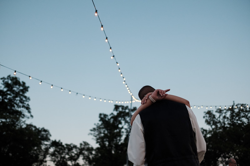 Christin & Jim's Old Coon Creek Wedding