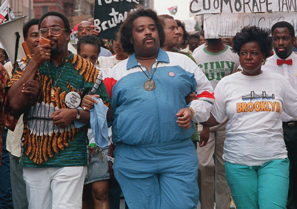 ". 9. AL SHARPTON <p>Developed a taste for fat jokes after he stopped eating in 1998. (unranked) </p><p><b><a href=""http://www.thesmokinggun.com/documents/celebrity/al-sharpton-and-obese-people-897531\"" target=\""_blank\""> LINK </a></b> </p><p>    (AP Photo/Charles Wenzelberg)</p>"