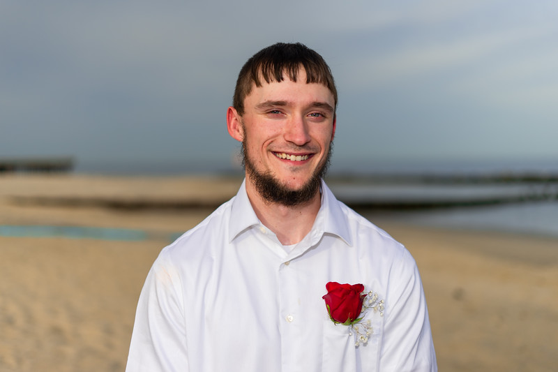 VBWC BEIL 09042019 Buckroe Beach Wedding Image #11 (C) Robert Hamm.jpg