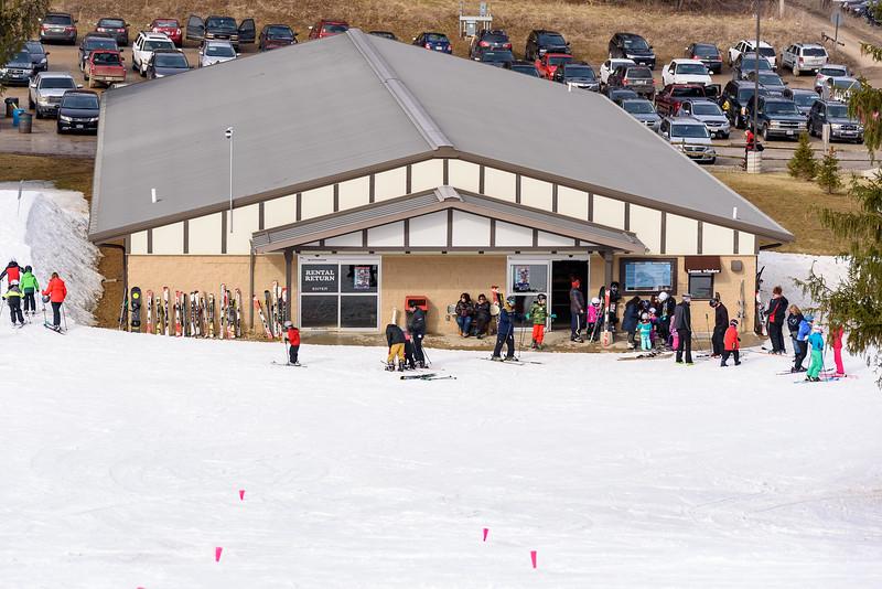 Snow-Trails_17-18_Mansfield-OH-5628.jpg