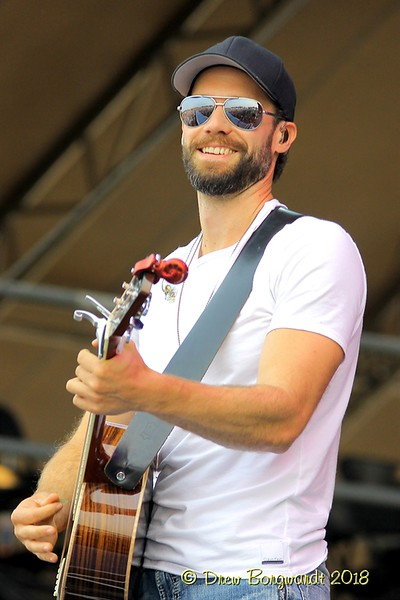Chad Brownlee - Country Thunder 2018 0107.jpg