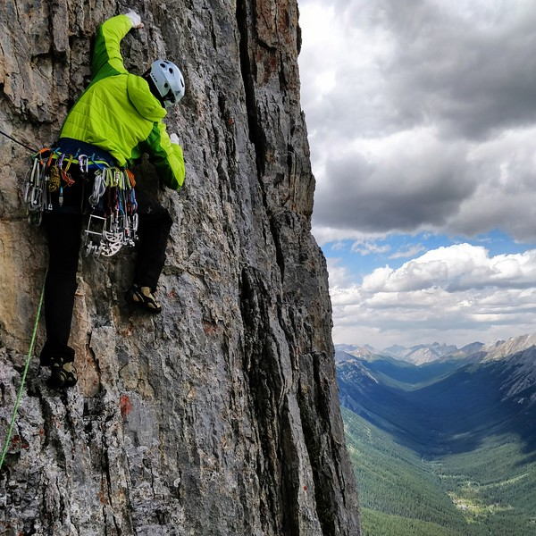 Joe Ripperger leading on Mount Louis, Banff, Alberta