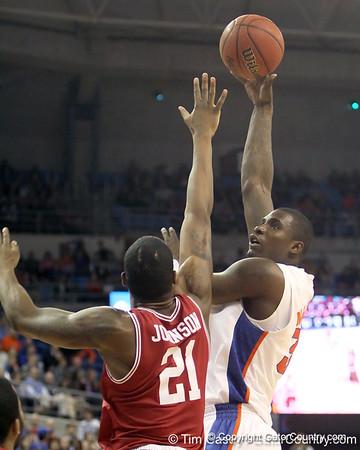 Photo Gallery: UF Men's Basketball vs. Arkansas, 1/22/11