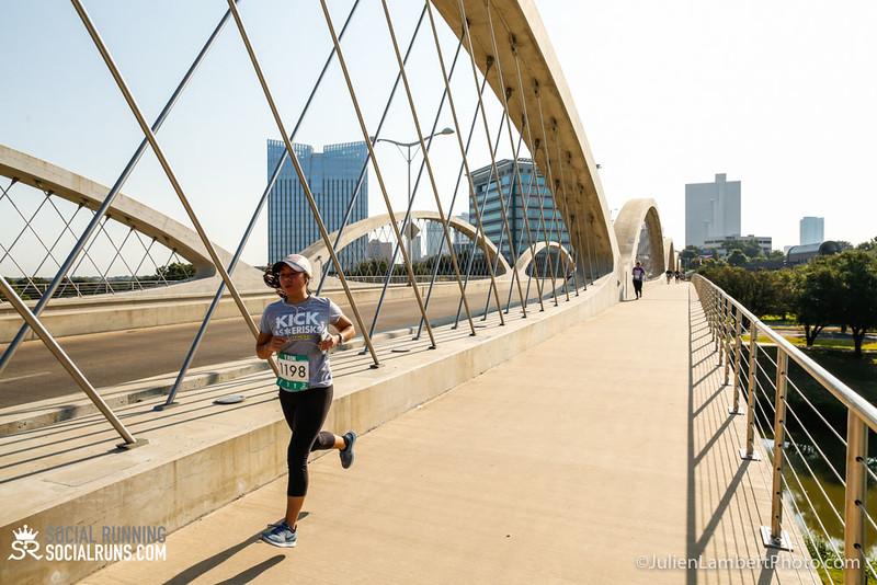 Fort Worth-Social Running_917-0521.jpg