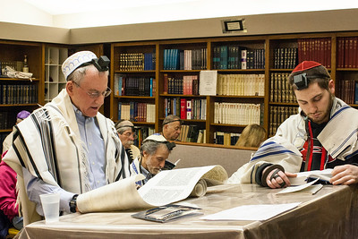 3/16/14 Purim Megillah reading at Minyan