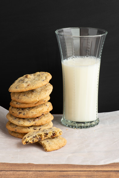 Sept2019CookiesMilkVertical.jpg