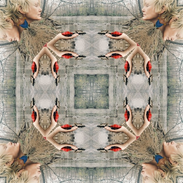 10284_mirror2.jpg