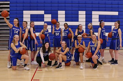 Lady Wamps Picture Day