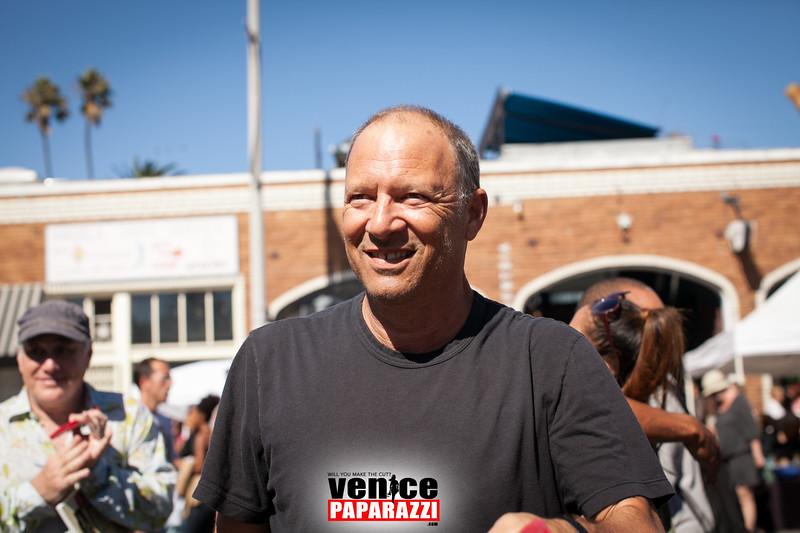 VenicePaparazzi-250.jpg
