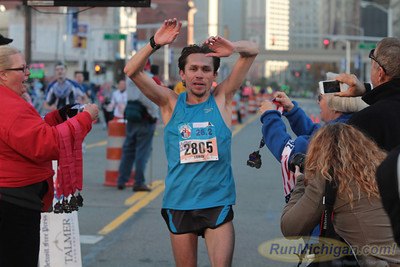 Marathon Finish Gallery 2 - 2012 Detroit Free Press Marathon