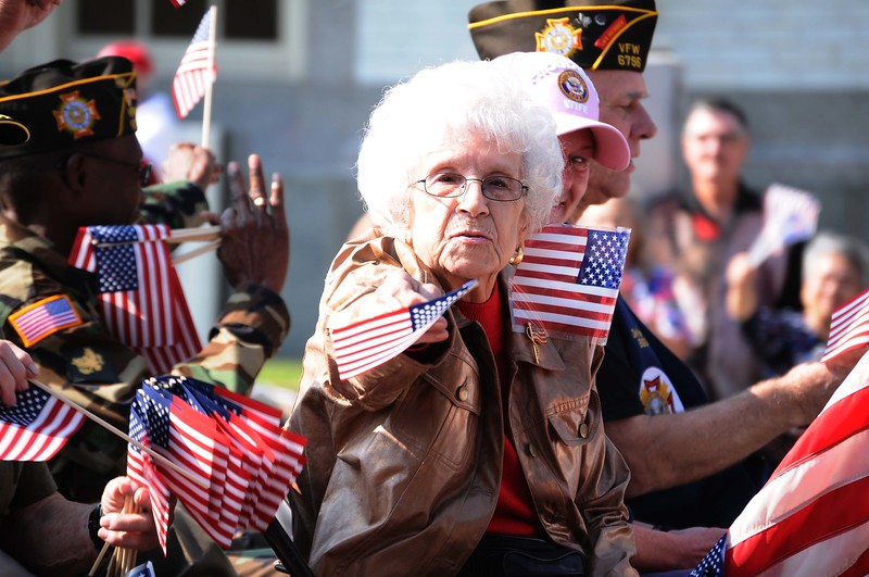 veterans parade6.jpg