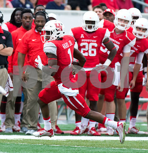 university-of-houston-qb-greg-ward-jr-named-earl-campbell-player-of-the-week