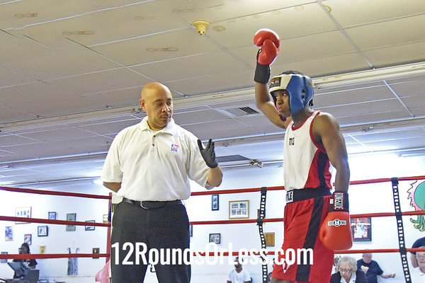Bout 4 Abdul McGlothlin, Red Gloves, Empire BC -vs- Dennis Gibson, Blue GlovesBraddock BC