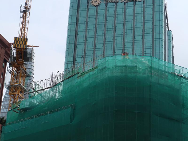 IMG_1224-hilton-scaffolding.JPG
