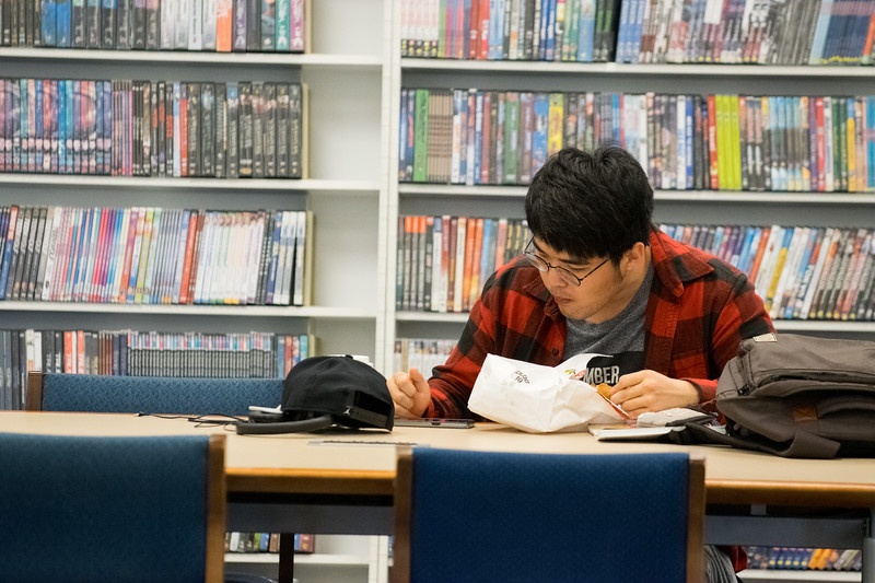 Student Studing in LibraryApril 04, 2017-0004.jpg
